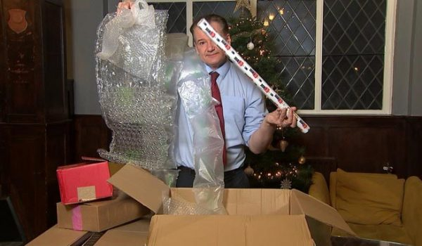 battling with excess packaging ITV News image